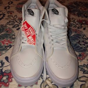 Vans White High-Tops M10.5 W12 New with tags